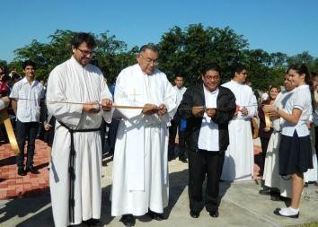 Meksyk: Patronalne święto szkoły Fray Angelico 2013