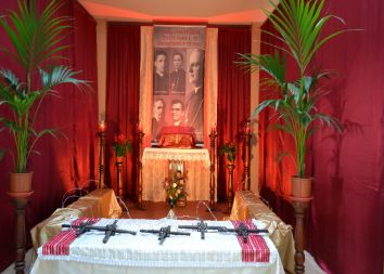 Albania: Miłosierdzie ze świętymi