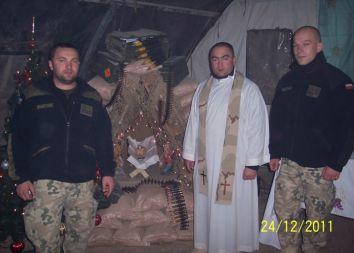 Afganistan: Pasterka i żywa szopka w COP Aryan 2011
