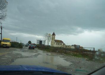 Albania: Poświęcenie domu katechetycznego w Kopliku 2012